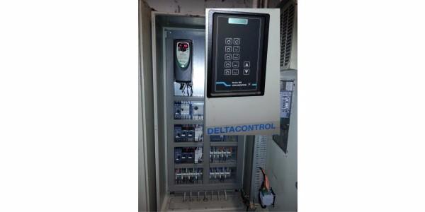 Retrofit der alten Grundfos Steuerung Deltacontrol bei Firma domus data